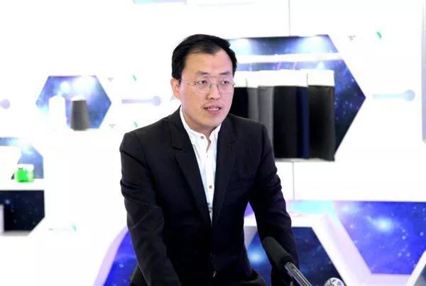 圣泉集团总裁唐地源